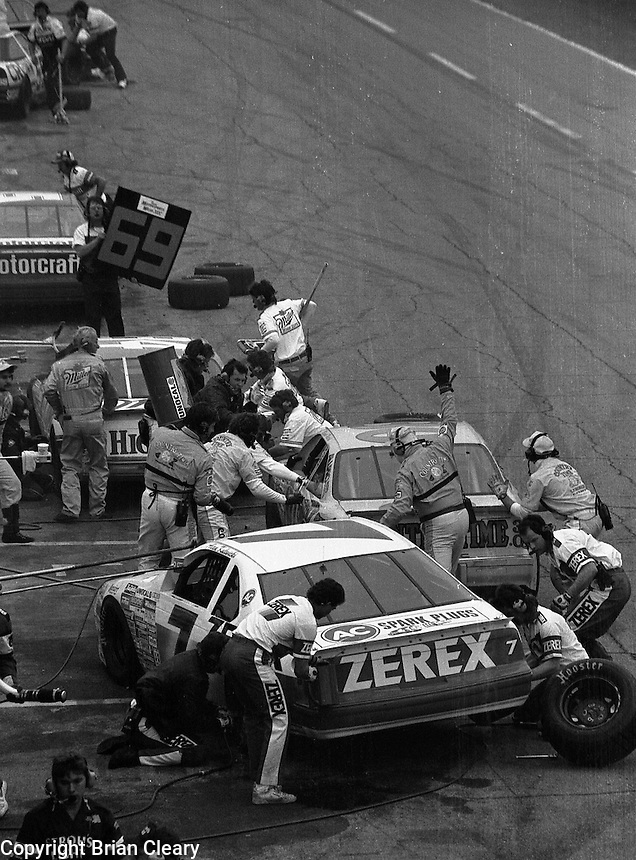 pits pit road pit stop action Daytona 500 at Daytona International Speedway on February 19, 1989.  (Photo by Brian Cleary/www.bcpix.xom)