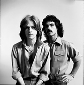 HALL AND OATES (1974)
