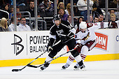 Vernon Fiddler (Phoenix Coyotes, #38) vs Justin Williams (Los Angeles Kings, #14) during ice-hockey match between Los Angeles Kings and Phoenix Coyotes in NHL league, March 3, 2011 at Staples Center, Los Angeles, USA. (Photo By Matic Klansek Velej / Sportida.com)