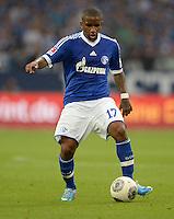 FUSSBALL   1. BUNDESLIGA   SAISON 2013/2014   1. SPIELTAG FC Schalke 04 - Hamburger SV          11.08.2013 Jefferson Farfan (FC Schalke 04) am Ball