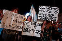 People attend a rally to protest against the policies government of Argentina's President Cristina Fernandez in Buenos Aires April 18, 2013. Photo by Juan Gabriel Lopera / VIEWpress.