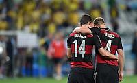FUSSBALL WM 2014                HALBFINALE Brasilien - Deutschland          08.07.2014 Stiller Moment: Julian Draxler (li) und Benedikt Hoewedes (re, beide Deutschland) nach dem Abpfiff