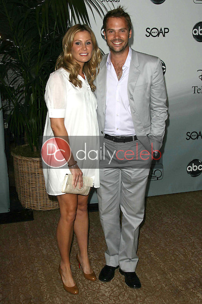 Tracy Hutson and Barry Watson<br />at the 2007 ABC All Star Party. Beverly Hilton Hotel, Beverly Hills, CA. 07-26-07<br />Dave Edwards/DailyCeleb.com 818-249-4998