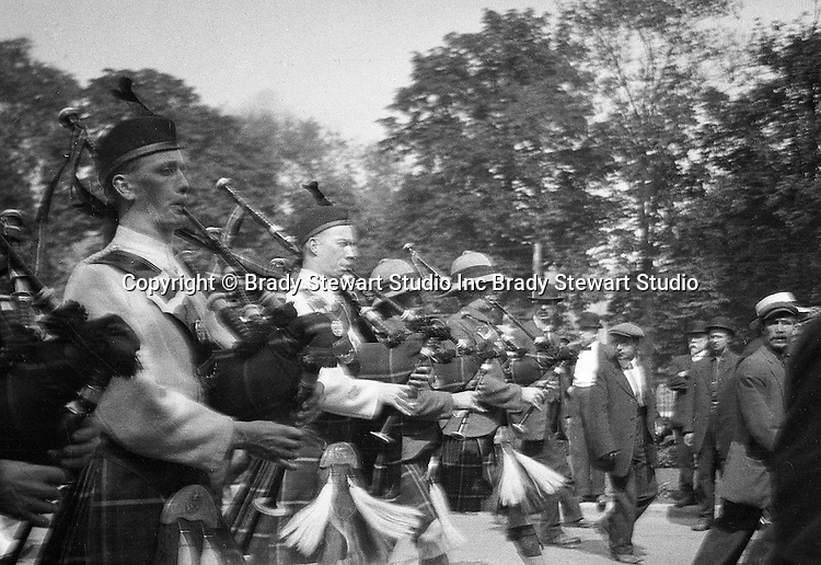 Toronto Ontario:  One of the parades celebrating the 100th Anniversay of the Battle of Lundy's Lane.  Bagpipers leading the way - 1914