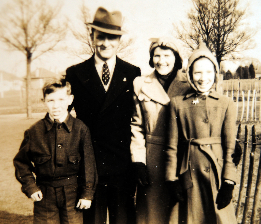 CHING WW1 CASE STUDY. NORMAN (CHAZ) CHING AS A CHILD WITH HIS UNCLE (SURROGATE FATHER) SAMUEL CHING, AUNT (SURROGATE MOTHER) MAGGIE AND HIS ELDER SISTER, BRENDA.