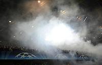 FUSSBALL   CHAMPIONS LEAGUE   SAISON 2011/2012  Borussia Dortmund - Olympique Marseille   06.12.2011 Rauch im Signal Iduna Park