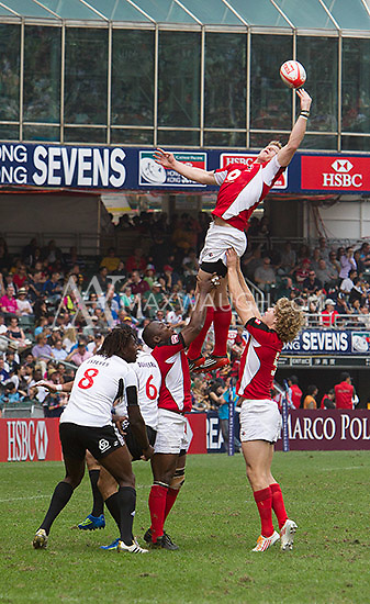 It was a lot of fun photographing the rugby action at the Hong Kong Sevens.