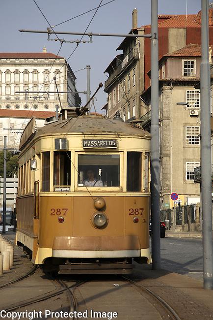 Tram E1, Alfandega Street, Ribeira, Porto - Oporto, Portugal