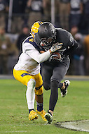 Baltimore, MD - December 10, 2016: Army Black Knights wide receiver Edgar Poe (82) catches a pass during game between Army and Navy at  M&T Bank Stadium in Baltimore, MD.   (Photo by Elliott Brown/Media Images International)