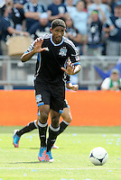 San Jose midfielder Khari Stephenson (7) instructs team mates to leave the ball... Sporting Kansas City defeated San Jose Earthquakes 2-1 at LIVESTRONG Sporting Park, Kansas City, Kansas.