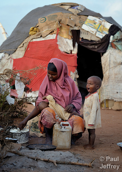 Somali refugees in Dadaab camp   KairosPhotos - Images by ...