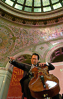 Yo Yo Ma c/Chicago Tribune