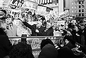 Manchester, New Hampshire.USA.January 27, 2004..Democratic presidential hopeful General Wesley Clark attends a rally at City Halll Plaza as he campaigns during the day of the primary..