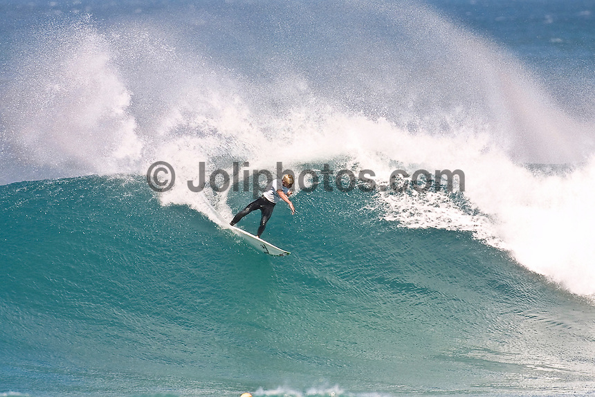 MICK FANNING (AUS) surfing through the bowl section of Bells Beach during the Rip Curl Pro, Bells Beach, Torquay , Victoria, Australia.. Photo Joliphotos.com