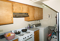 1991 August ..Assisted Housing..Moton Circle..BEFORE & AFTERS.INTERIOR KITCHEN AFTER...NEG#.NRHA#..