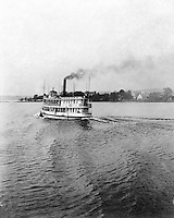 Lakewood NY:  Ferry leaving the Kent House boat dock - Lakewood New York 1901