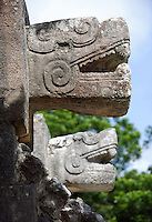 Head of serpent, Temple of the Eagles and the jaguars, squer platform with a staircase on each side, Toltec architecture, 1100-1300 A.D., Chichen Itza, Yucatan, Mexico. Picture by Manuel Cohen