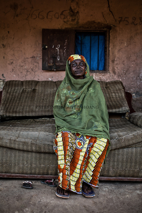CAR, Bangui: Myriam Zaoro is 52 years old and called the &quot;mama&quot; of the Yelwa II neighborhood in the PK5 district. Myriam has survived to the anti-balaka attacks during the 2013 crisis while some of her relatives were killed. 16th April 2016.<br /> <br /> <br /> RCA, Bangui : Myriam Zaoro,52 ans, est appel&eacute;e la &laquo;maman&raquo; du quartier Yelwa II dans le quartier PK5 . Myriam a surv&eacute;cu aux attaques anti- Balaka pendant la crise 2013 alors que certains de ses proches ont &eacute;t&eacute; tu&eacute;s . 16 avril 2016.