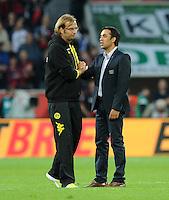 FUSSBALL   1. BUNDESLIGA   SAISON 2011/2012    4. SPIELTAG Bayer 04 Leverkusen - Borussia Dortmund              27.08.2011 Trainer Juergen KLOPP (li, Dortmund) und Trainer Robin DUTT (re, Leverkusen) diskutieren nach dem Abpfiff