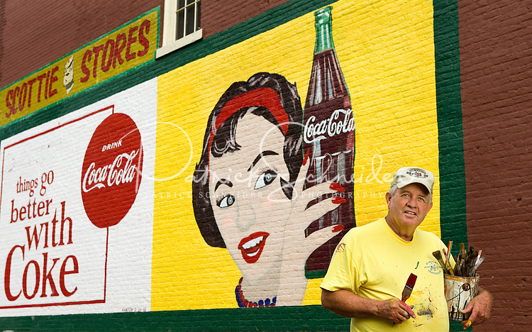 Coca cola mural painter andy thompson patrick schneider for Coca cola wall mural