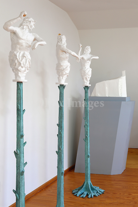 Artwork sculptures