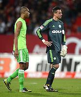 FUSSBALL   1. BUNDESLIGA  SAISON 2012/2013   10. Spieltag 1. FC Nuernberg - VfL Wolfsburg      03.11.2012 Naldo mit Torwart Diego Benaglio (v. li., VfL Wolfsburg)