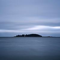 Coastal island of Mackenzie Beach, Tofino, Pacific Rim national park, Vancouver Island, Canada