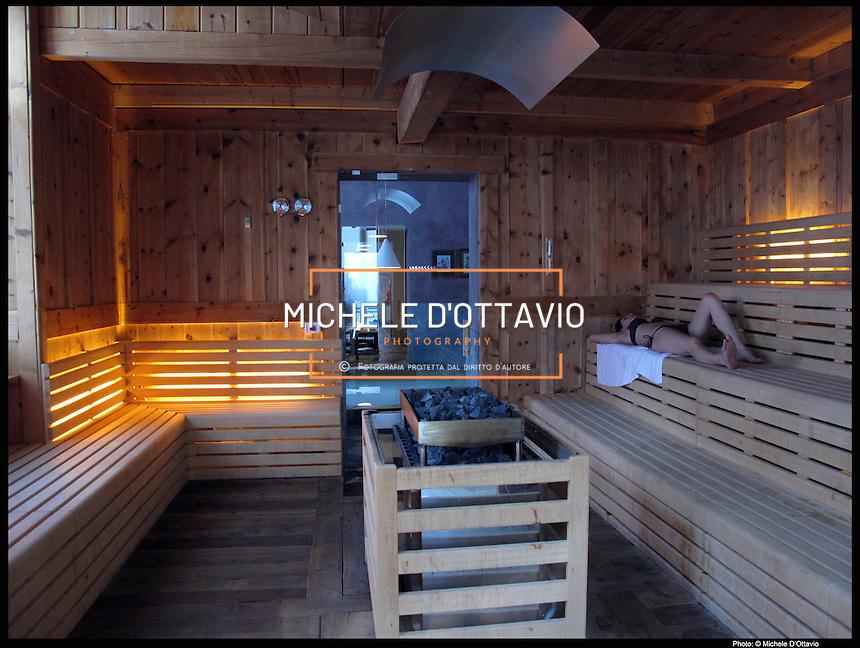Terme st didier michele d 39 ottavio torino photo for Edificio di 10000 piedi quadrati