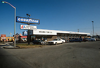 1992 January..Conservation.MidTown Industrial...EXISTING BUSINESSES.KRAMER TIRE.1700 MONTICELLO AVE...NEG#.NRHA#..