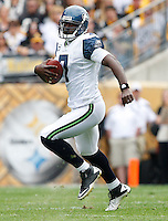 PITTSBURGH - SEPTEMBER 18:  Tavaris Jackson #7 of the Seattle Seahawks runs with the ball against of the Pittsburgh Steelers during the game on September 18, 2011 at Heinz Field in Pittsburgh, Pennsylvania.  (Photo by Jared Wickerham/Getty Images)