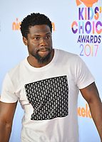 Actor Kevin Hart at the Nickelodeon 2017 Kids' Choice Awards at the USC's Galen Centre, Los Angeles, USA 11 March  2017<br /> Picture: Paul Smith/Featureflash/SilverHub 0208 004 5359 sales@silverhubmedia.com