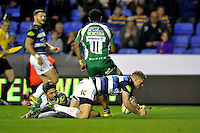 Rhys Priestland of Bath Rugby dives for the try-line. Aviva Premiership match, between London Irish and Bath Rugby on November 7, 2015 at the Madejski Stadium in Reading, England. Photo by: Patrick Khachfe / Onside Images