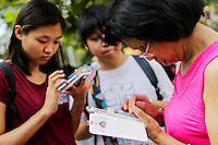 "NEW YORK, NY - JULY 24 : People play the augmented reality mobile game ""Pokemon Go"" by Nintendo on July 24, 2016 in Manhattan, New York. Photo by VIEWpress"