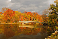 Bow Bridge, The Lake, Central Park West, Central Park, Manhattan, New York City, New York, USA