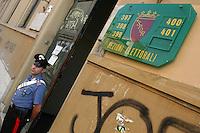 Il secondo referendum costituzionale della storia della Repubblica Italiana si è svolto il 25 e 26 giugno 2006. .The second constitutional referendum in the history of the Italian Republic was held on 25 and 26 June 2006....