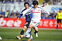 (R-L)Kim Bo-Kyung (Cerezo)/Takuya Takei (Gamba),MARCH 5, 2011 - Football :2011 J.League Division 1 match between Gamba Osaka 2-1 Cerezo Osaka at Expo '70 Stadium in Osaka, Japan. (Photo by AFLO)