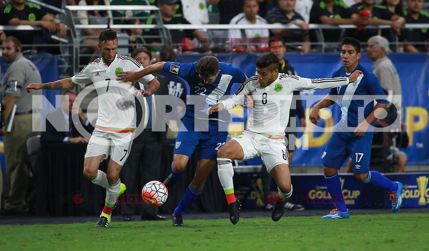 Miguel Ayun (i), Minos Lopez de Guatemala   y Jonathan DO Santos de Mexico ,durante partido entre las selecciones de Mexico y Guatemala  de la Copa Oro CONCACAF 2015. Estadio de la Universidad de Arizona.<br /> Phoenix Arizona a 12 de Julio 2015.