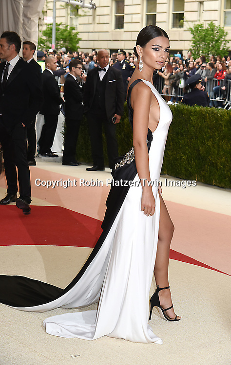 Emily Ratajkowski attends the Metropolitan Museum of Art Costume Institute Benefit Gala on May 2, 2016 in New York, New York, USA. The show is Manus x Machina: Fashion in an Age of Technology. <br /> <br /> photo by Robin Platzer/Twin Images<br />  <br /> phone number 212-935-0770