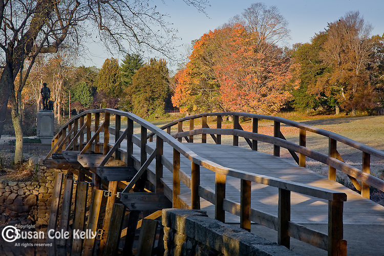 Autumn colors the North Bridge, the site of the first battle of the American Revolutionary War, the shot heard around the world, in the Minuteman National Park, Concord, MetroWest, MA, USA