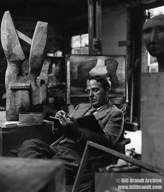 Henry Moore, 1942