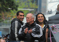 Mils Muliaina, Graham Henry and Ma'a Nonu during the New Zealand All Blacks 2011 IRB RWC celebration parade in Wellington, New Zealand on Wednesday, 26 October 2011. Photo: Dave Lintott / lintottphoto.co.nz