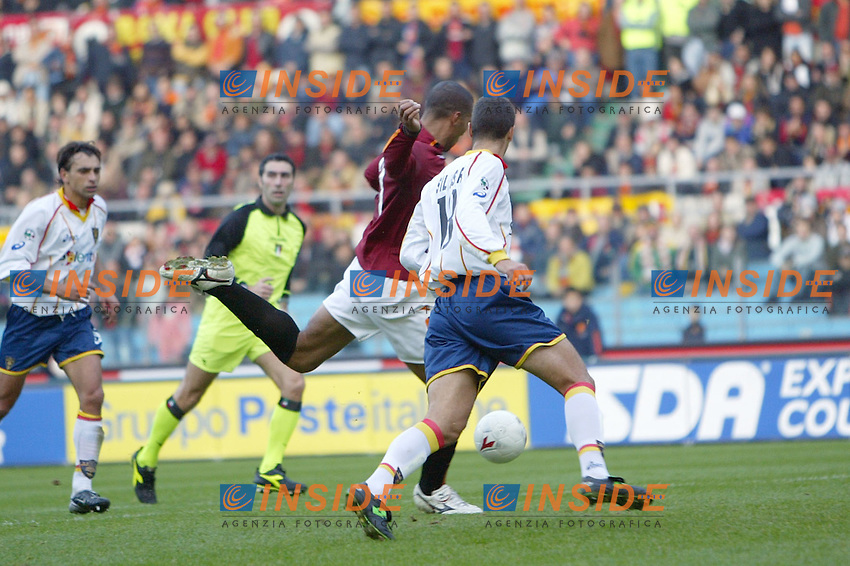 Roma 30/11/2003 <br /> Roma Lecce 3-1<br /> John Carew segna il gol del 2-0 per la Roma<br /> John Carew scores goal of 2-0 for AS Roma<br /> Foto Andrea Staccioli Insidefoto