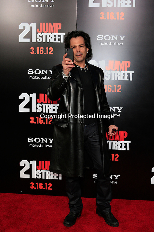 los angeles ca mar 13 richard grieco at the premiere of columbia