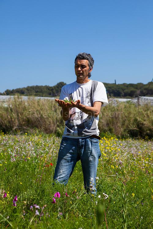 Xavier Safon-Tria, organic producer during an open day at Can Tria de Mata, near Mataro, Barcelona, Catalonia. (c) Dave Walsh 2017