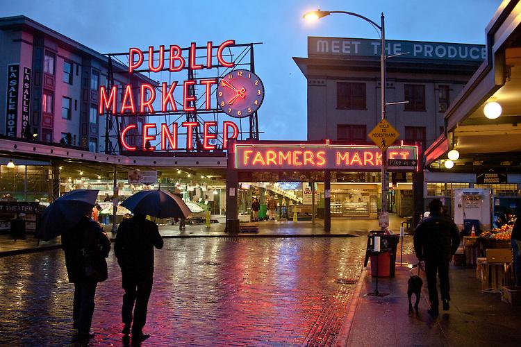 Seattle pike place market washington state joel for Pacific fish market
