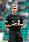 Hibs v St Johnstone...25.08.12   SPL.Ref Kevin Clancy.Picture by Graeme Hart..Copyright Perthshire Picture Agency.Tel: 01738 623350  Mobile: 07990 594431
