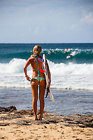 HONOLULU, North Shore, Off The Wall - (Sunday, November 18, 2012) --2'-3 surf at Off The Wall today.  Photo: joliphotos.com