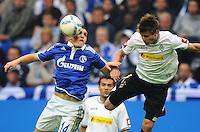 FUSSBALL   1. BUNDESLIGA   SAISON 2011/2012    4. SPIELTAG FC Schalke 04 - Borussia Moenchengladbach             28.08.2011 Kyriakos PAPADOPOULOS (li, Schalke) gegen Havard NORDTVEIT (re, Mgladbach)
