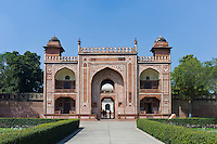 Sandstone and marble gateway to 17th Century Tomb of Etimad Ud Doulah, 17th Century Mughal, tomb built 1628, Agra, India