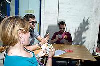Roma 12 Giugno 2013<br /> Il Gioco &egrave; una cosa seria!<br /> Manifestazione contro il gioco d' azzardo presso la sede di Assotrattenimento Gioco Lecito, aderente alla Confindustria in via Barberini, degli attivisti dell' ex Cinema Palazzo. La protesta &egrave; per la denuncia che Assotrattenimento Gioco Lecito, ha presentato contro SenzaSlot un associazione impegnata contro il proliferare del gioco d'azzardo e delle slot machine nei bar. Partita a tresette con Elio Germano